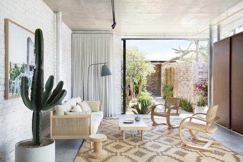 australian bismarck eco house from june 2020