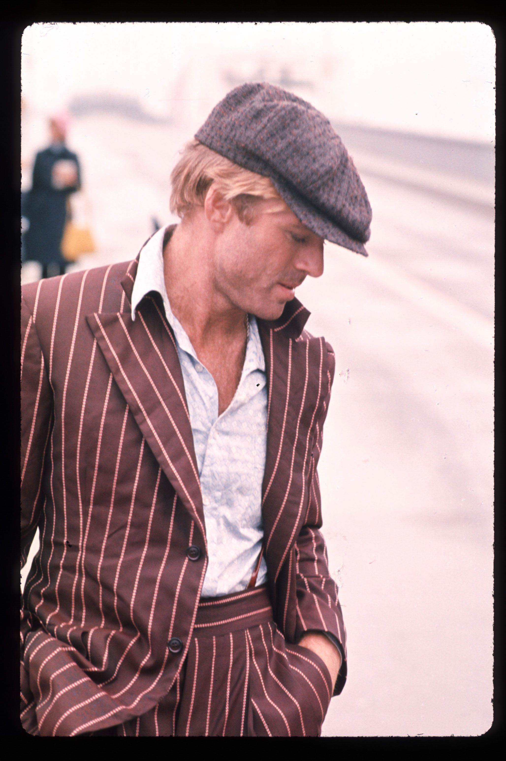 robert redford, robert redford moda, robert redford estilo, robert redford personajes, robert redford peliculas, robert redford fashion, robert redford style, robert redford grooming, robert redford films, robert redford filmes, gatsby, jinete electrico, electric horseman, barefoot in the park, descalzos en el parque, condor robert redford, gatsby robert redford, three days condor, tres dias condor, el golpe, the sting, redford moda, redford style, redford fashion, redford estilo