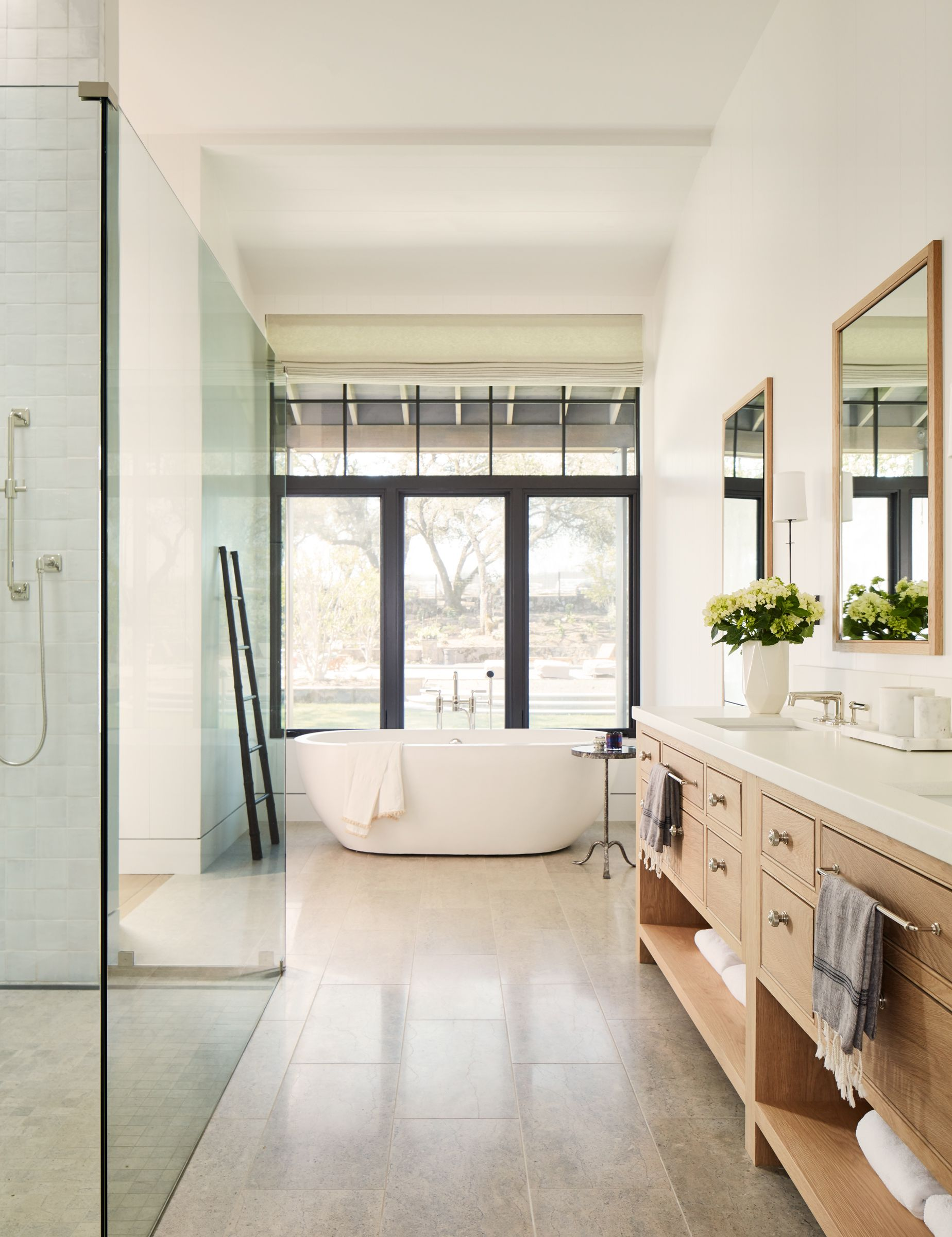 Luxury Bathroom Ideas With Modern Design, Elegant Master Bathrooms