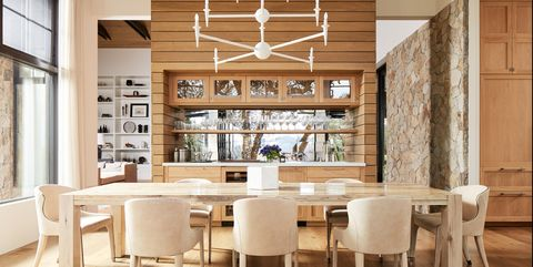 Room, Interior design, Dining room, Furniture, Ceiling, Property, Building, Lighting, Table, Wood flooring,