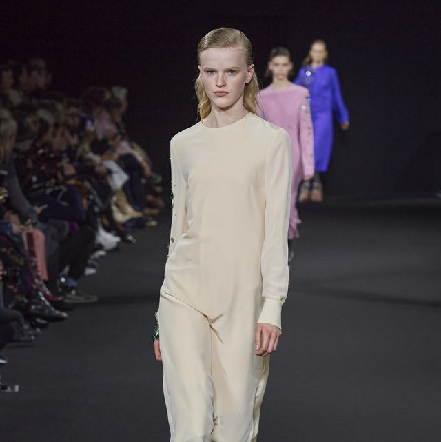 Fashion, Fashion model, Fashion show, Runway, Fashion design, Event, Public event, Haute couture, Human, Model,