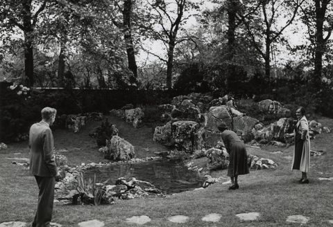 Rock garden at the RHS Chelsea Flower Show. Date: 1938.