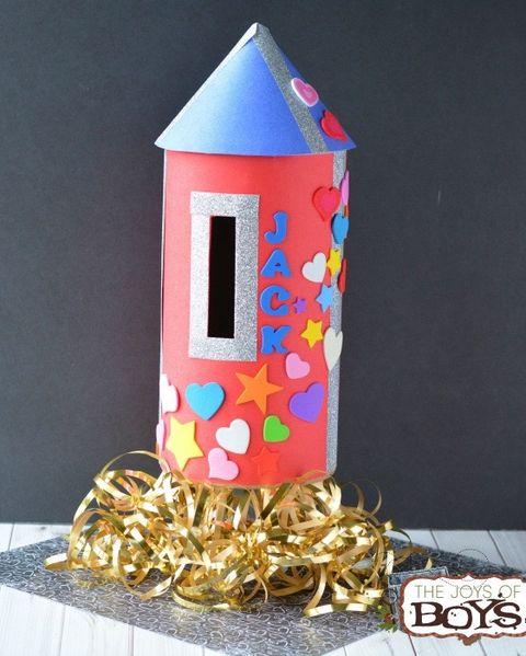 rocket ship diy valentines day boxes