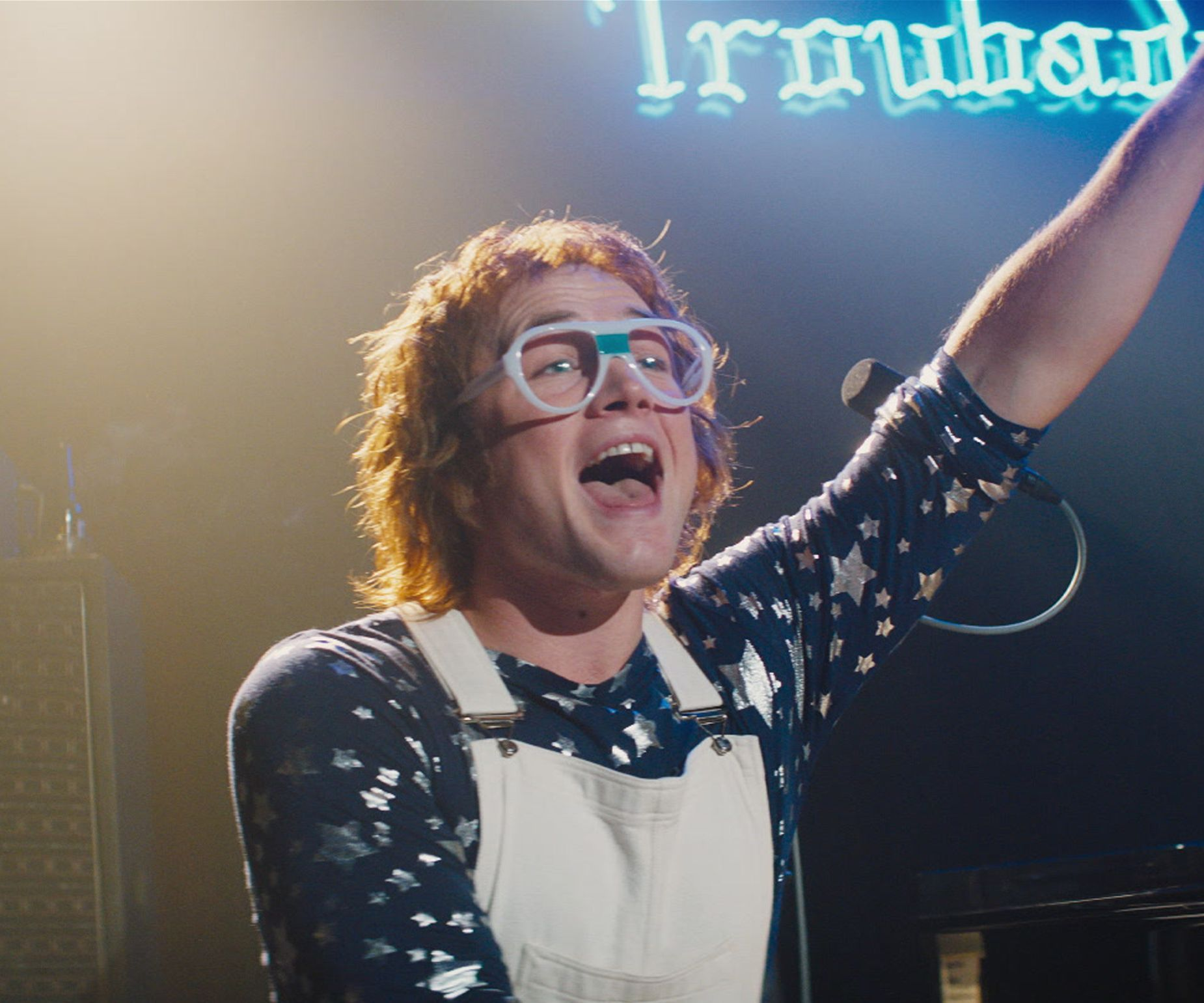 Does Taron Egerton Really Sing in Rocketman? - Hear Taron's