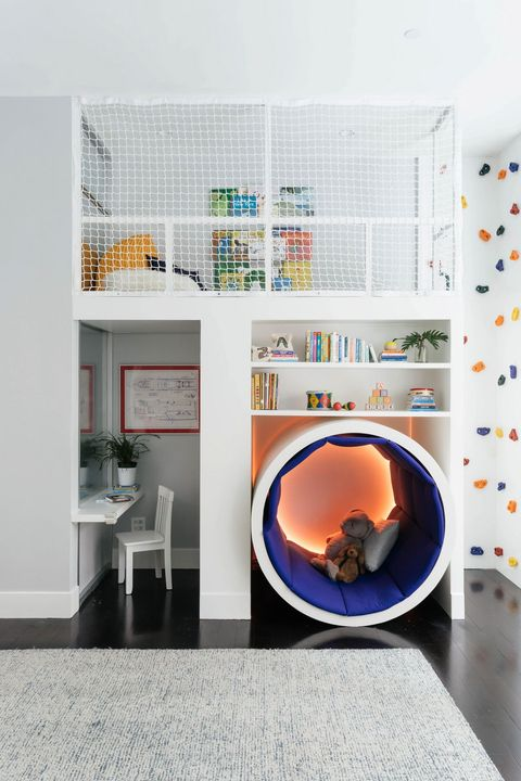 Dormitorio infantil con rocódromo