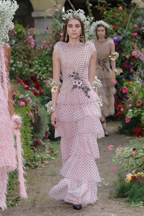 Risultati immagini per wedding mandy moore pink