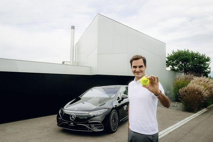 Roger Federer y Mercedes se unen para electrificar la Laver Cup