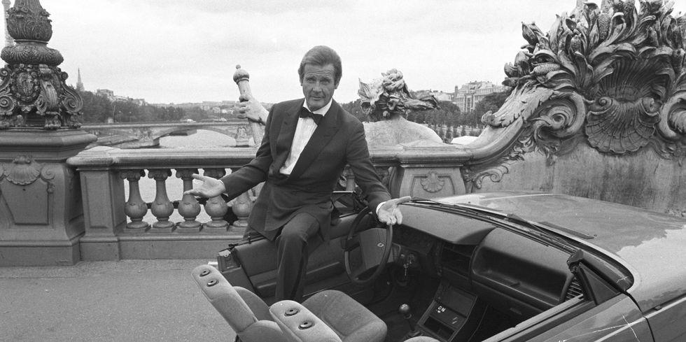 Roger Moore era más cool que tú y estas 20 fotos lo demuestran