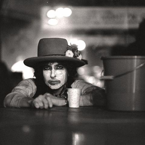 Black, White, Black-and-white, Monochrome, Monochrome photography, Photography, Headgear, Hat, Fun, Darkness,