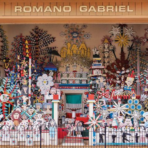 romano gabriel wooden sculpture garden