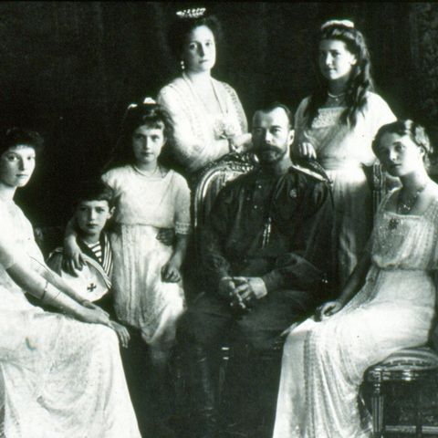 what happened to the real russian romanov family behind the