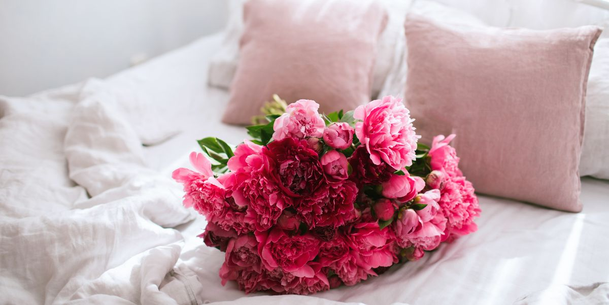 30 Best Romantic Bedroom Ideas - Romantic Decorating Ideas ...