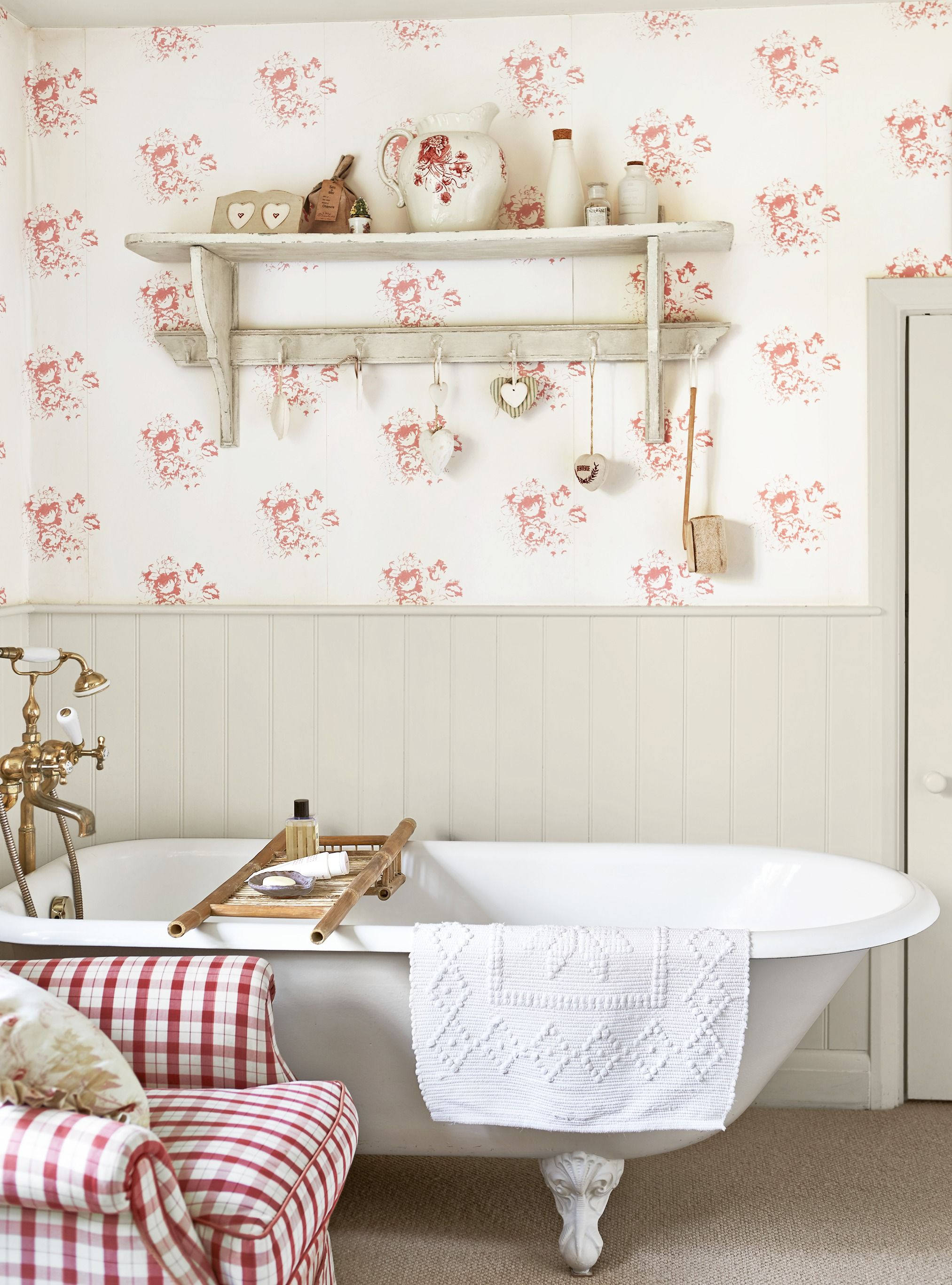 25 Bathroom Wallpaper Ideas Best Wallpaper For Bathrooms