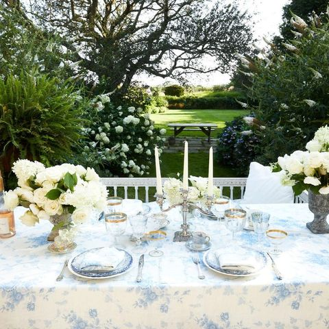 blue outdoor floral dinner party