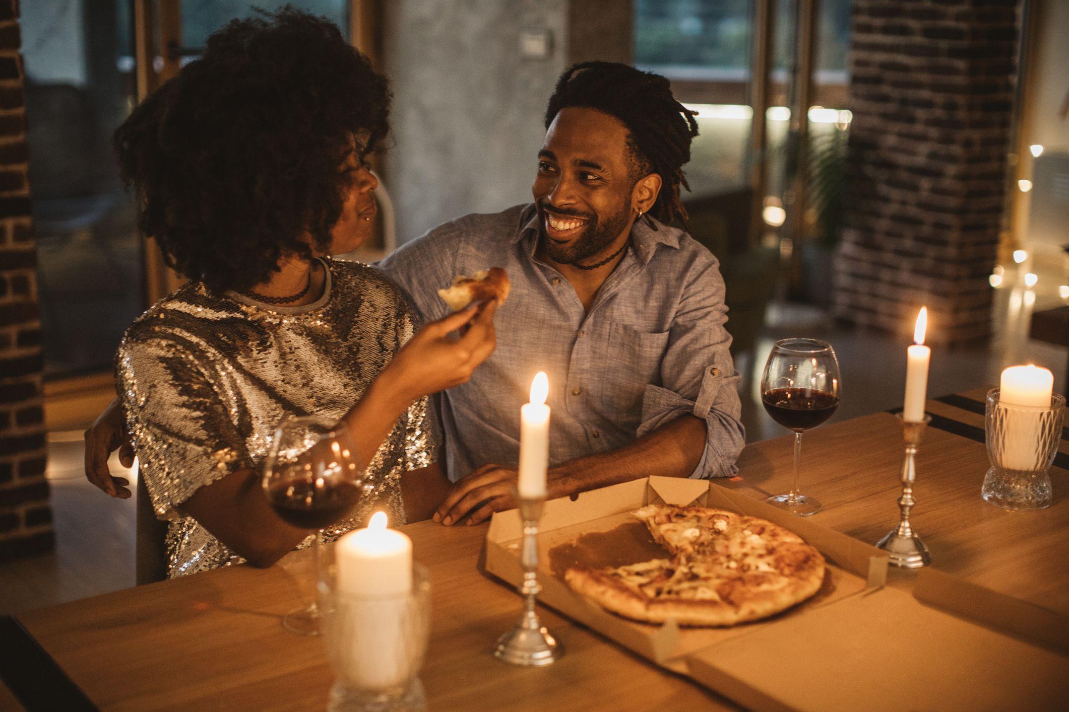 романтична пица вечер у дома