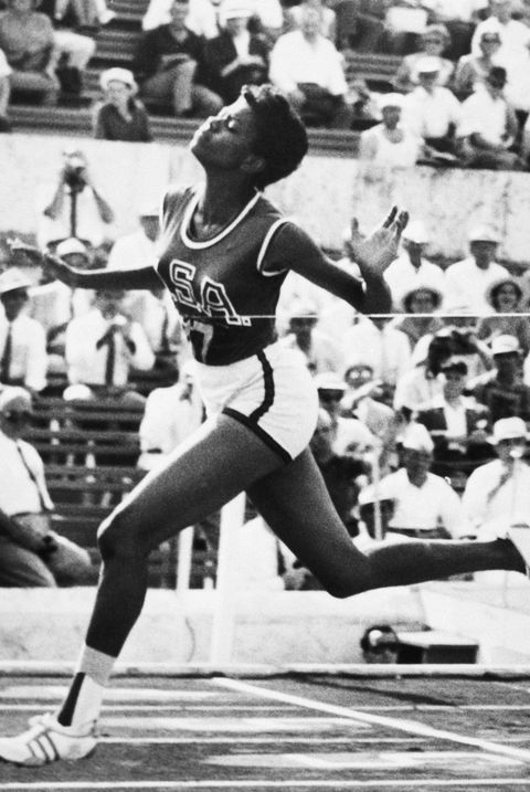 wilma rudolph crossing the finish line