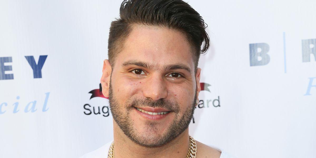 'Jersey Shore' star Ronnie Ortiz-Magro alleges girlfriend keeps 'sex videos'