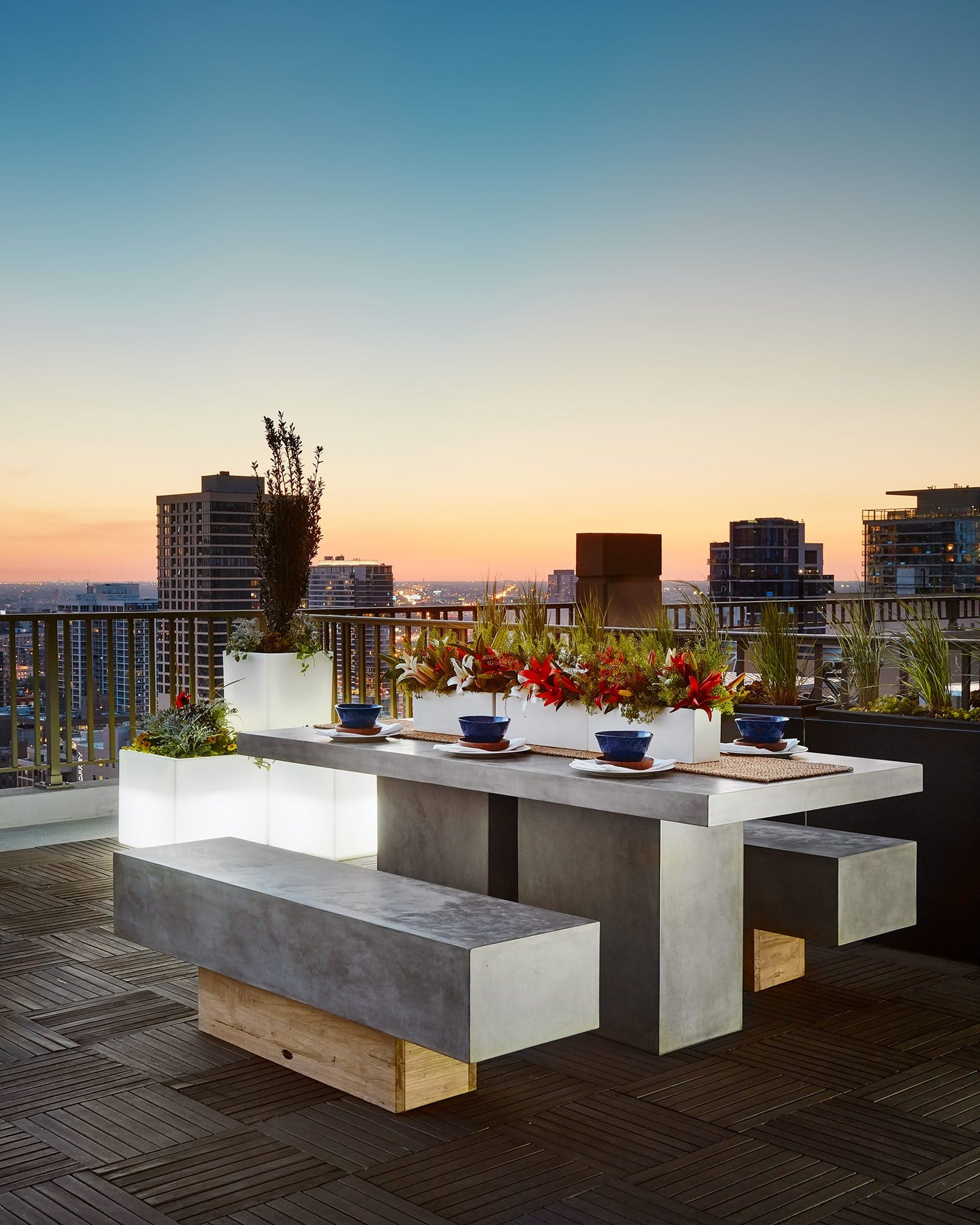 luxury patio and terrace ideas & 20+ Luxury Rooftops and Patios - Best Patio Roof Ideas