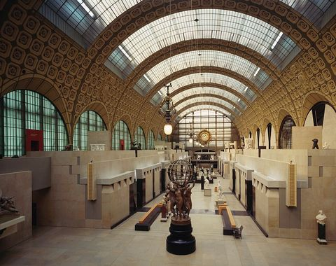 Room with sculptures, in the Musee d'Orsay