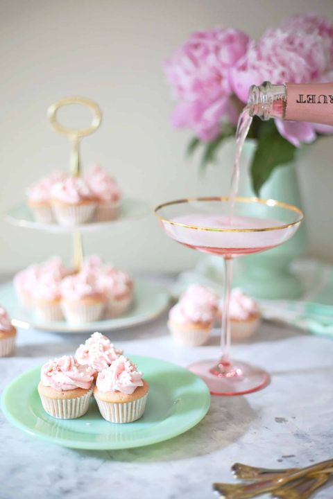 rose mini cupcakes best bridal shower ideas