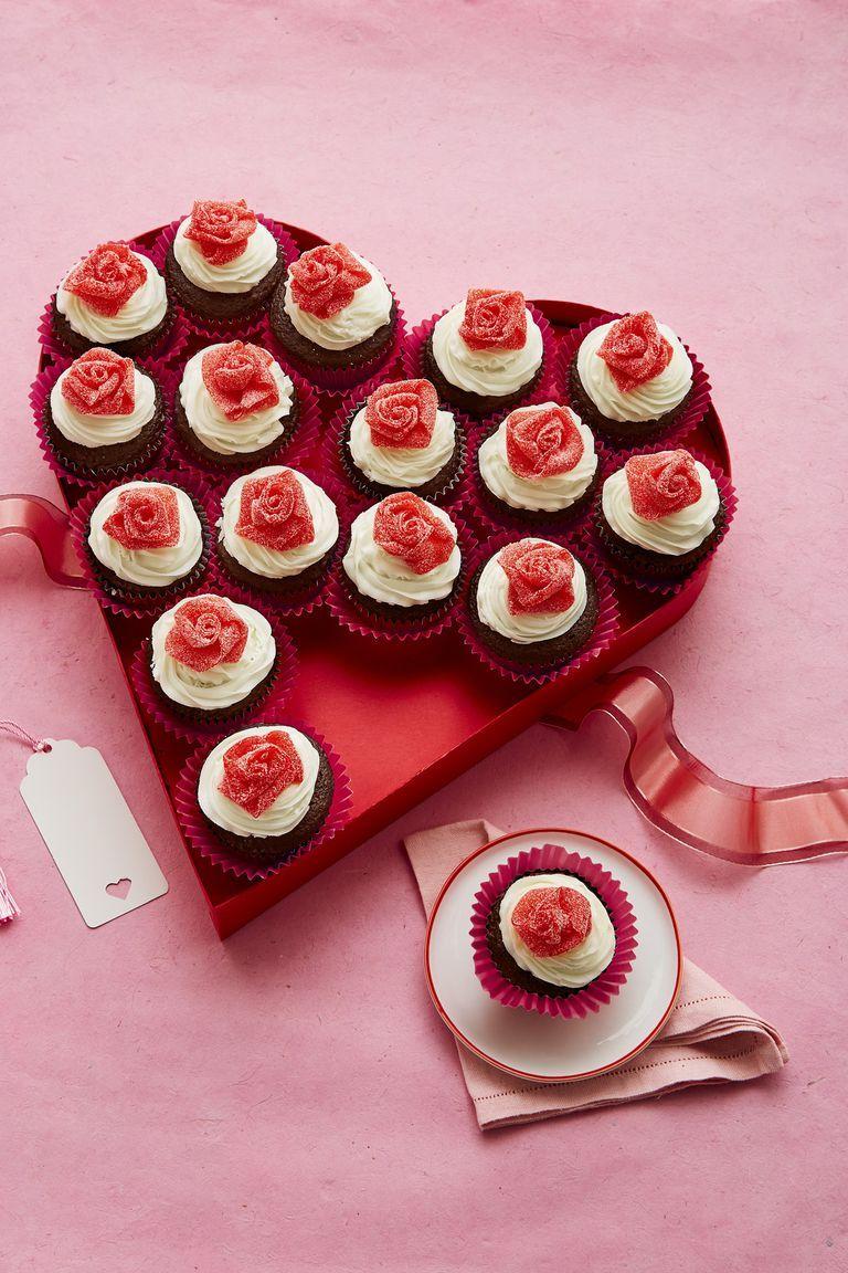 Mini Rosebud Cupcakes - Valentine's Day Desserts