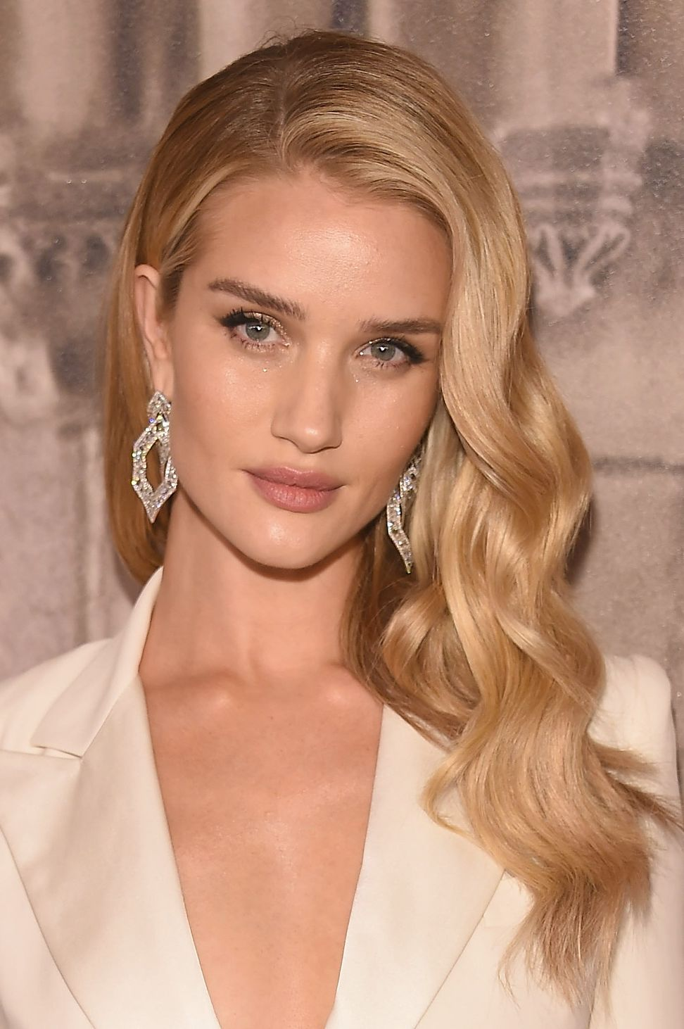 Rosie Huntington Whiteley Hair Ralph Lauren - Front Row & Backstage - September 2018 - New York Fashion Week