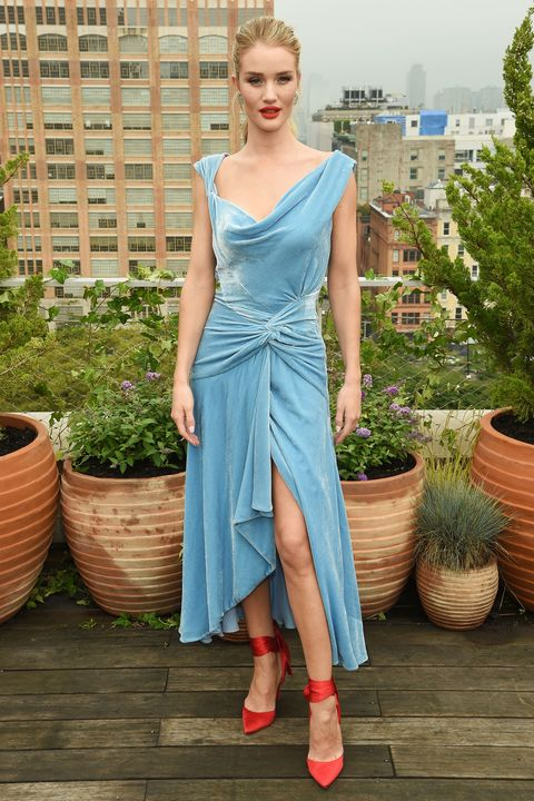 dc4c4617cb8 Rosie Huntington-Whiteley masters colour clashing during NYFW