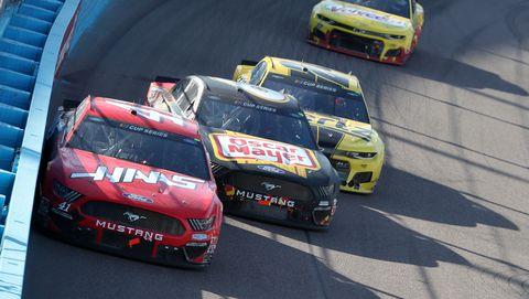 NASCAR Cup Series FanShield 500