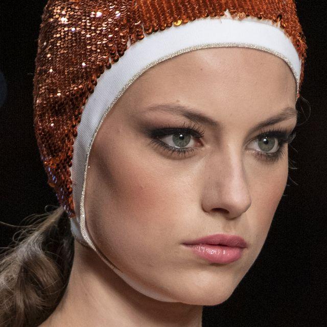 Hair, Face, Clothing, Headpiece, Eyebrow, Hair accessory, Beauty, Fashion, Chin, Lip,