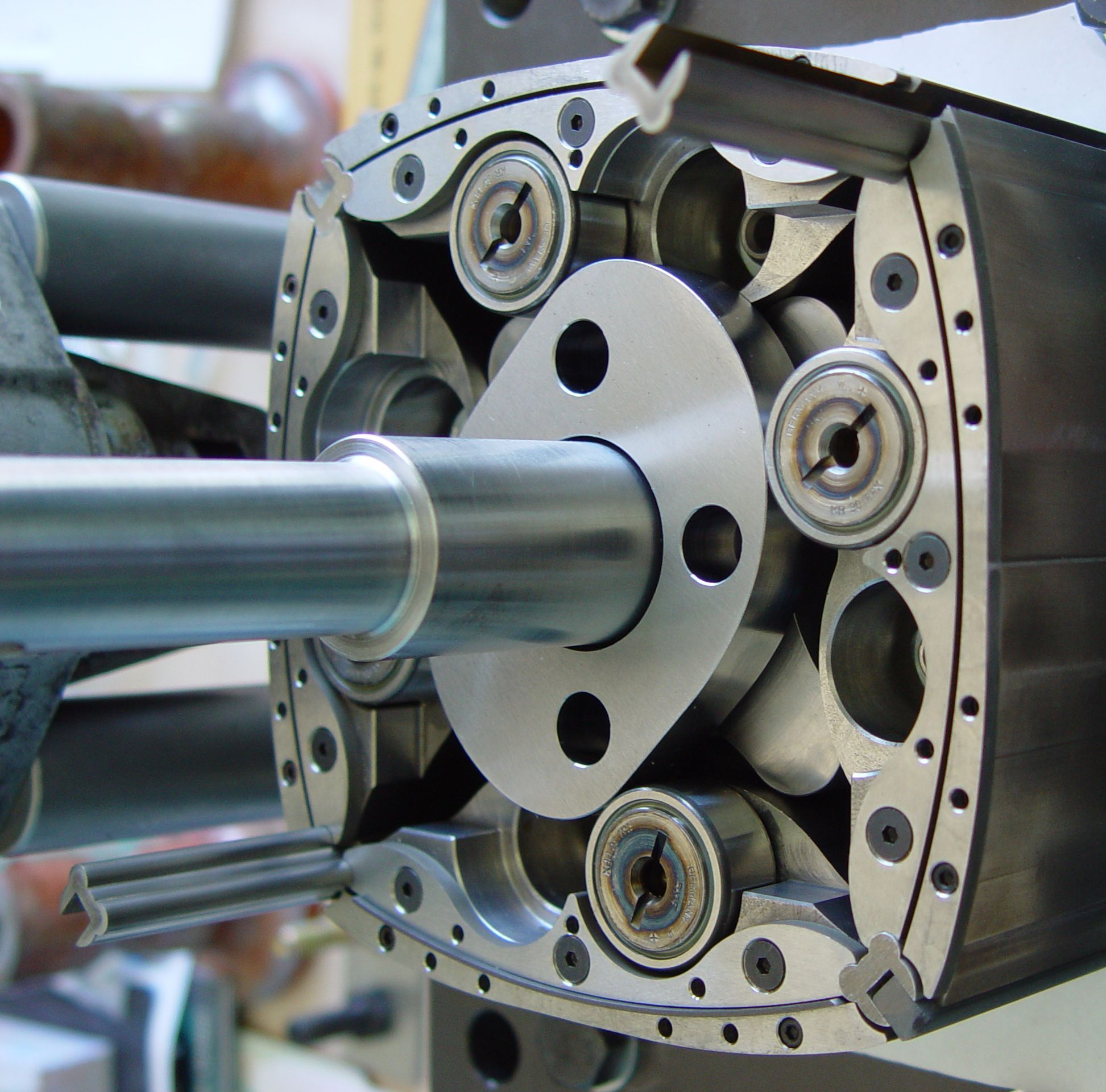 Szorenyi Rotary Engine Design | New Rotary Engine Design