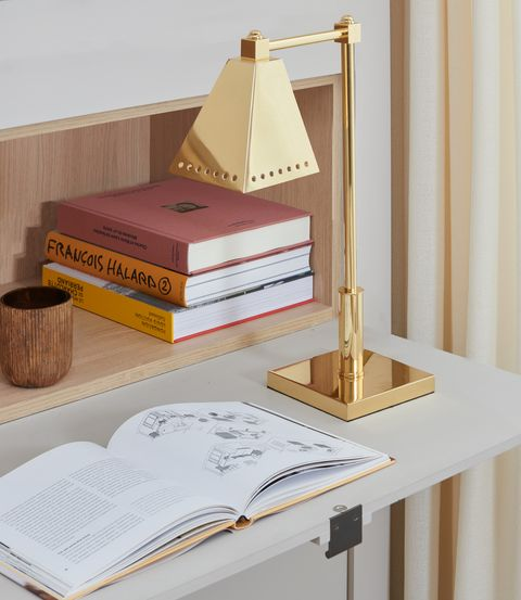 The Invisible Collection lamp
