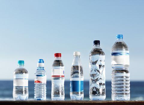 効果 リットル いつから 2 水 実際簡単だった!「水」を1日2リットル以上飲むための4つのポイント