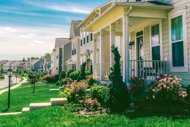 row of detached homes in idyllic community