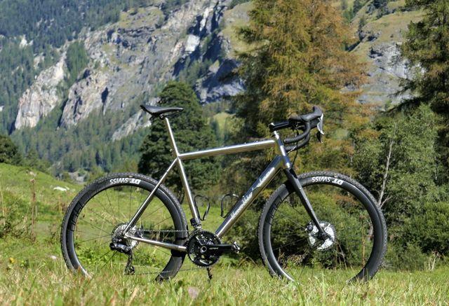van nicholas, rowtag, review, test, gravelbike, racefiets, bicycling
