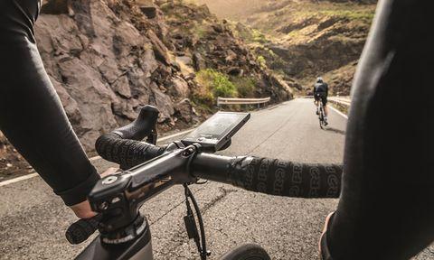 Vehicle, Cycling, Mountain bike, Bicycle, Downhill mountain biking, Recreation, Mountain biking, Road bicycle, Road cycling, Road,