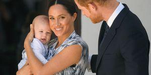 Meghan Markle con il principe Harry e Archie