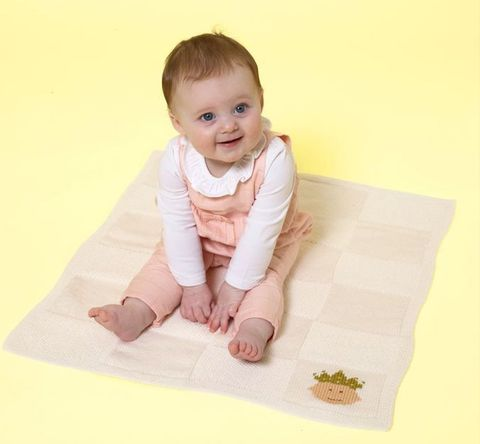 Knit a royal baby-worthy baby blanket for your little one