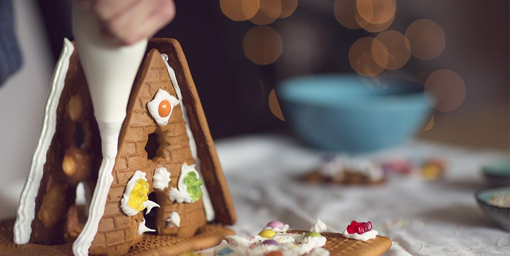 The Queen's royal pastry chefs share gingerbread house recipe for Christmas