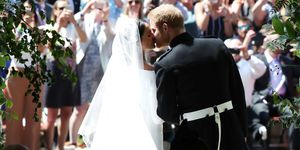 Royal Wedding prince harry meghan markle kiss