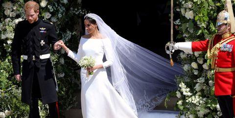 0403ebaa18 Meghan Markle s Wedding Dress - Meghan Markle Wore Givenchy to the ...