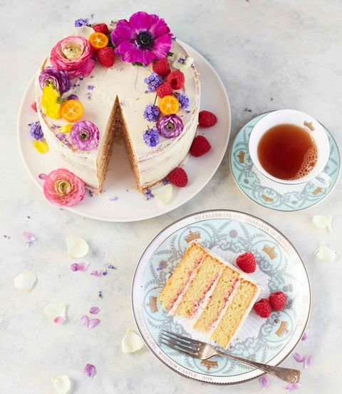 Royal Wedding-inspired floral cake by Clarence Court