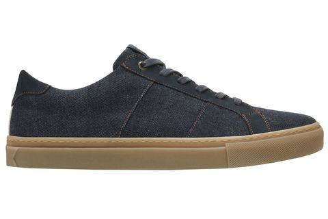 Footwear, Shoe, Sneakers, Black, Skate shoe, Brown, Plimsoll shoe, Athletic shoe, Beige, Outdoor shoe,