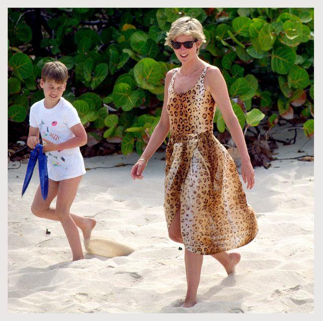 royal family at the beach