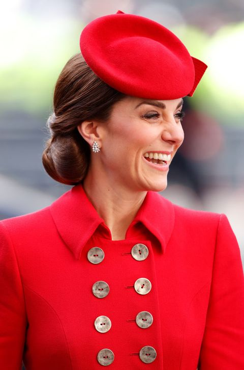 royals in trendkleur rood 2020 kate middleton
