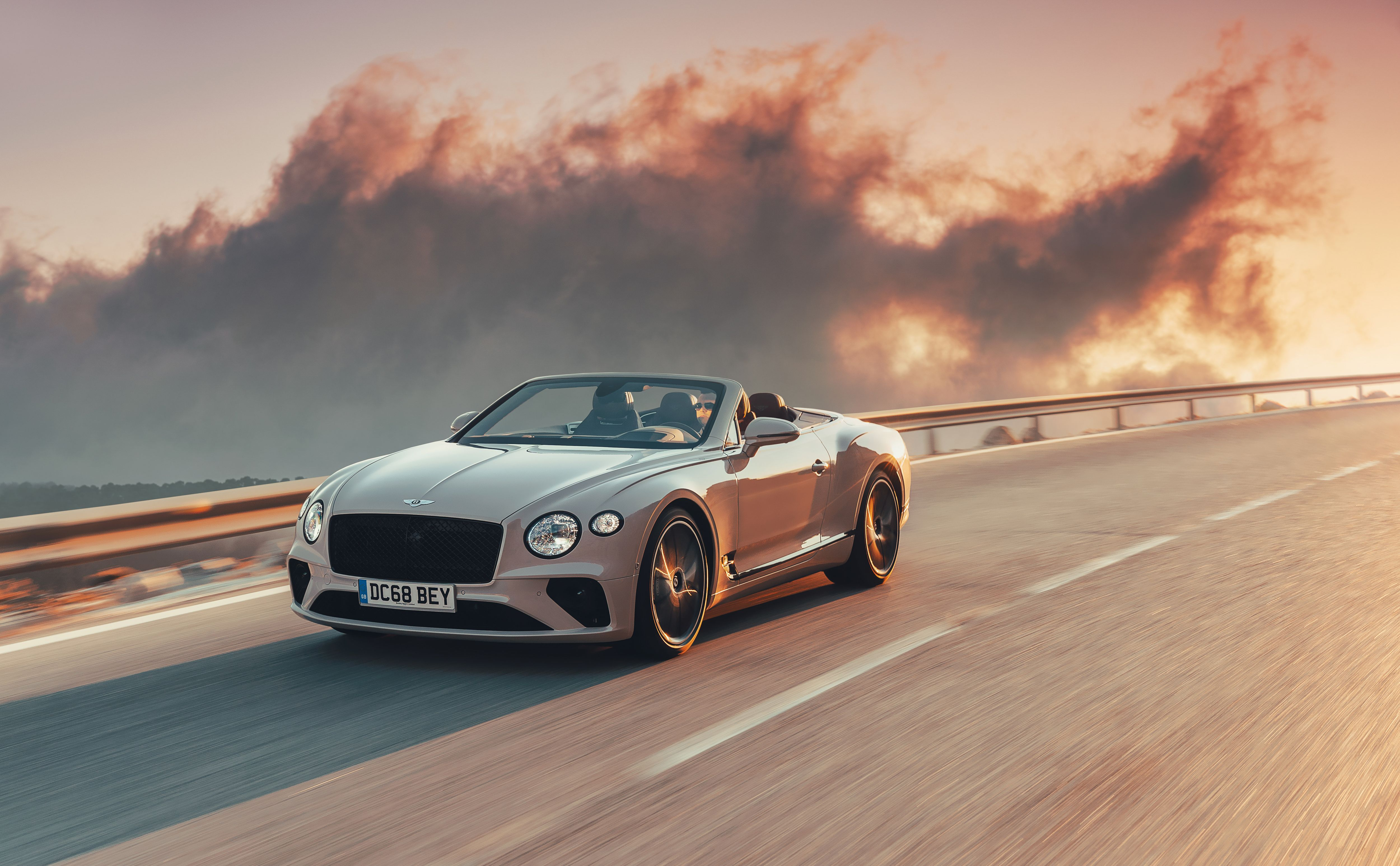 2020 Bentley Continental Gt Convertible Keeps Grandeur Of Touring Alive