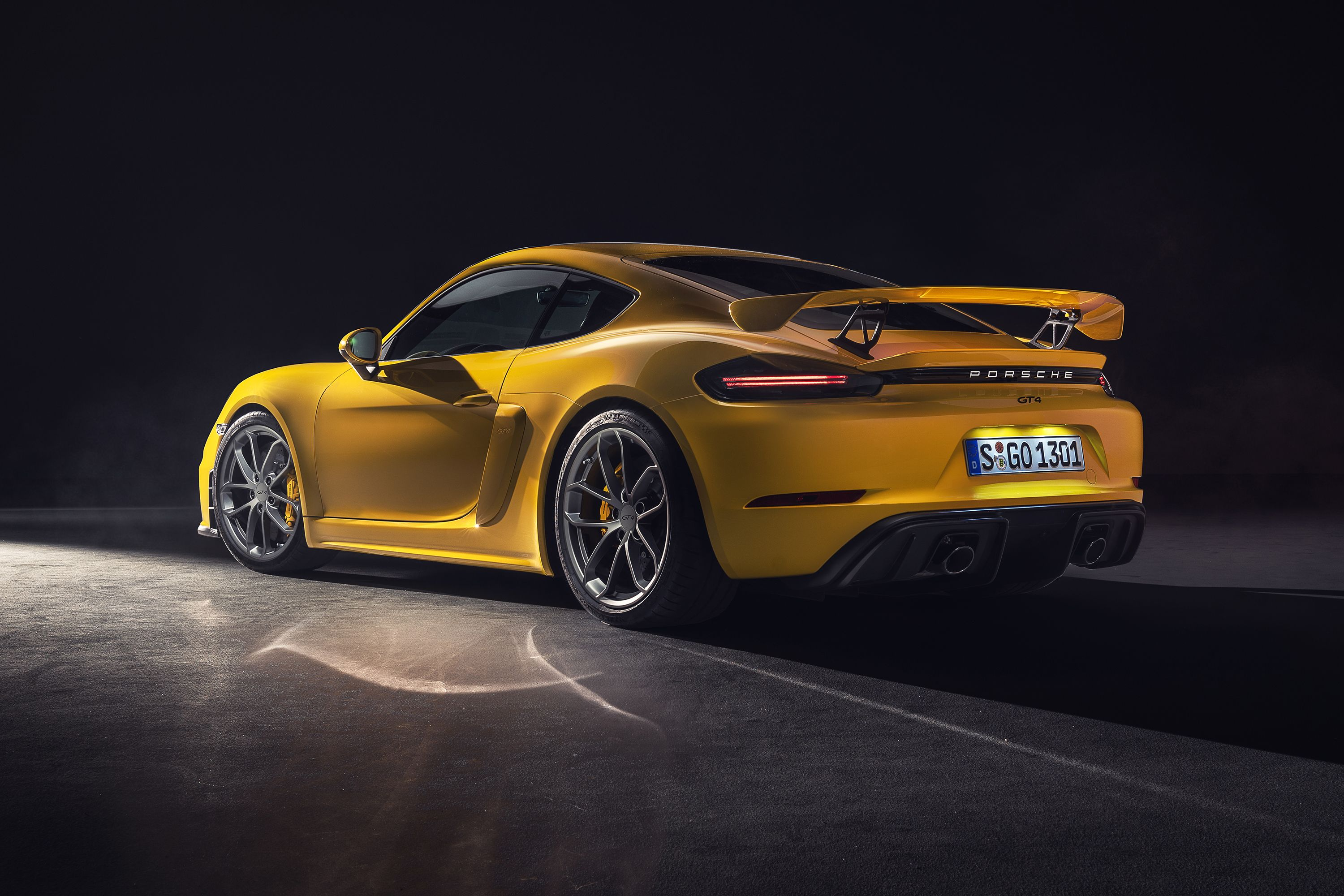 The 2020 Porsche 718 Cayman GT4 and Boxster Spyder Don't Have the Flat-Six You Expect