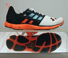 uk availability 8d89a 719e9 Shoe Review: Under Armour Micro G Split | Runner's World