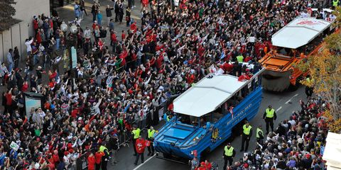 Red Sox stop at Boston Marathon finish line as part of World Series victory parade