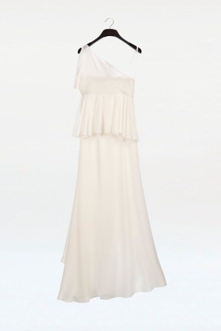 Clothing, Dress, White, Gown, Bridal party dress, Cocktail dress, Shoulder, Day dress, Formal wear, Outerwear,