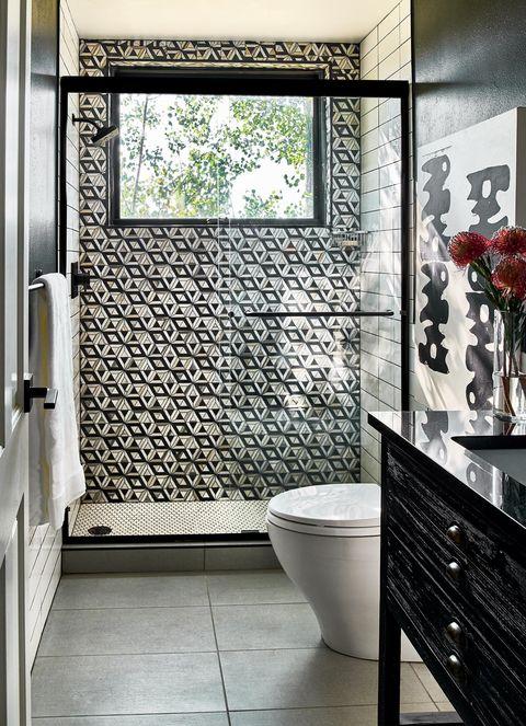 black and white graphic bathroom